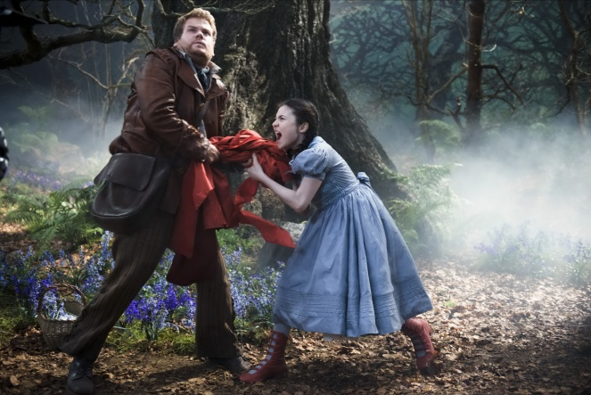into-the-woods-james-corden-lilla-crawford