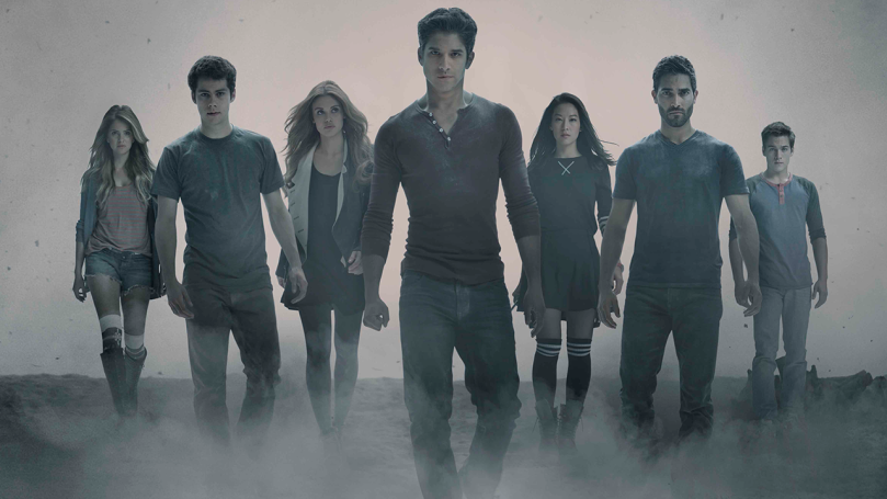 Teen_Wolf_Season_4_EDIT_Cast_Shot_Photo_Credit_Jaimie_Trueblood_and_MTV